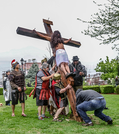 Way of the Cross - Messenger-Inquirer