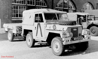 Land Rover 09GX 23, Fort Brockhurst Military Vehicle Rally, Gosport, Summer 1994.