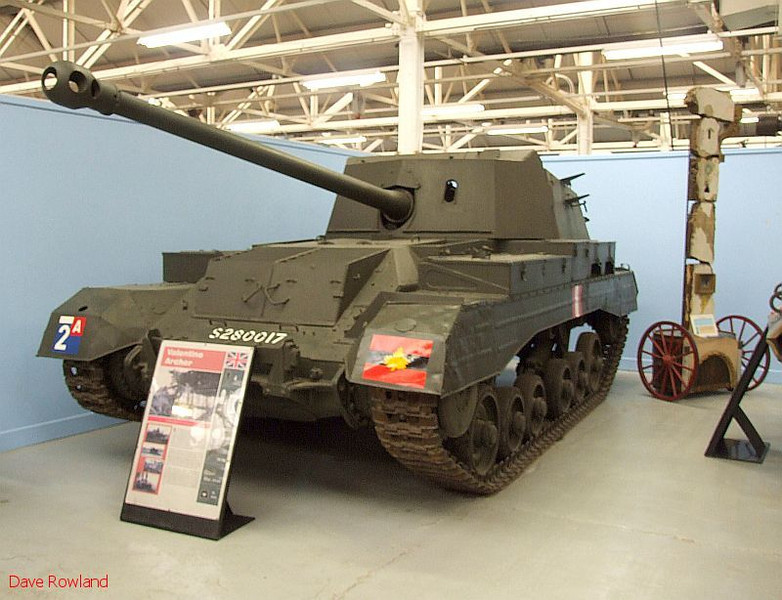 Valentine Archer (GB). Bovington Tank Museum, 20th July 2009.