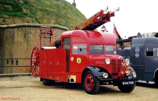 Fort Brockhurst Fire Engine Rally, Summer 1995