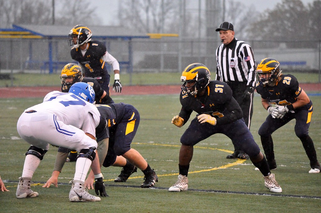 . Clarkston and Novi Detroit Catholic Central faced off in the Division 1 semifinals at Walled Lake Western High School on Saturday, Nov. 18, 2017. (Photos by Dan Fenner/The Oakland Press)
