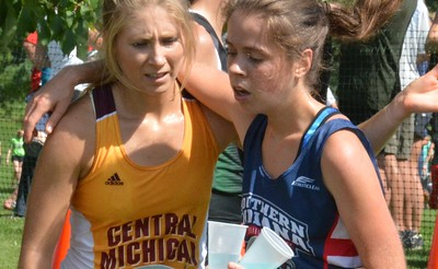 Central Michigan and Northern Indiana runners supported each other.