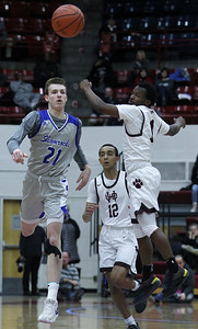 U of D Jesuit defeats Detroit Catholic Central 63-52 in Catholic League A-B final basketball action at Calihan Hall in Detroit Saturday, Feb. 16, 2019. (LARRY McKEE - For Media News Group)