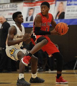 The Oak Park Knights defeated the North Farmington Raiders 56-55 in the OAA Red match up played on Thursday February 7, 2019 at N. Farmington HS.  (Digital First Media photo by Ken Swart)