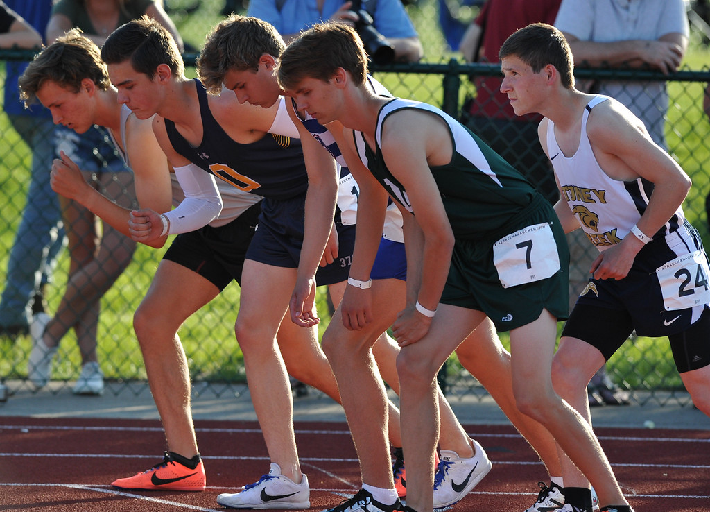 . The Oak Park Girls and Boy\'s teams swept the 59th annual Oakland Country Track meet held on Friday May 25, 2018 at Novi High School.  Lake Orion girls took second and Novi\'s boys team placed second. (Oakland Press photo by Ken Swart)