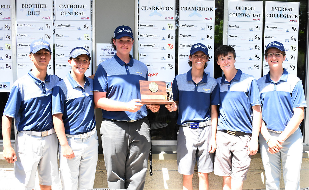 . The Clarkston golf team captured the team championship at the Oakland County Division 1 Golf Tournament Wednesday at the Pontiac Country Club. The Wolves shot a 297 team score to top runner-up Birmingham Seaholm. (The Oakland Press photo by Jason Schmitt)