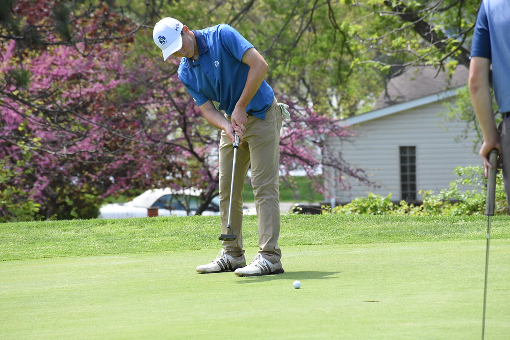 . The Oakland County Division 1 Golf Tournament was held at the Pontiac Country Club Wednesday afternoon. Clarkston took home the title after shooting a 297. (The Oakland Press photo by Jason Schmitt)