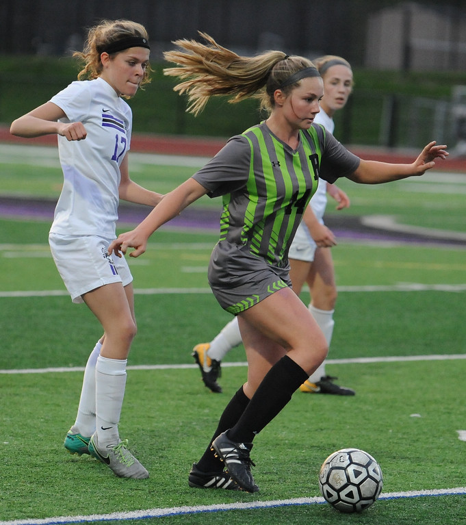 . The Rochester Falcons defeated the Bloomfield Hills Black Hawks 1-0 in the OAA Red match played on Thursday May 17, 2018 at Bloomfield Hills High School.  (Oakland Press photo by Ken Swart)
