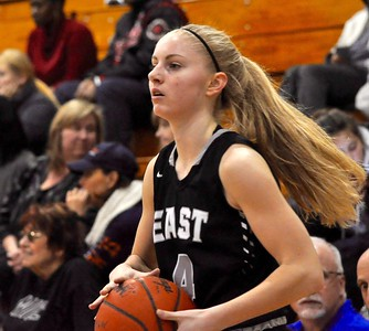 Walled Lake Western defeated South Lyon East 70-58 to win the Lakes Valley Conference regular season title on Friday, Feb. 1, 2019. (DAN FENNER - For Digital First Media)