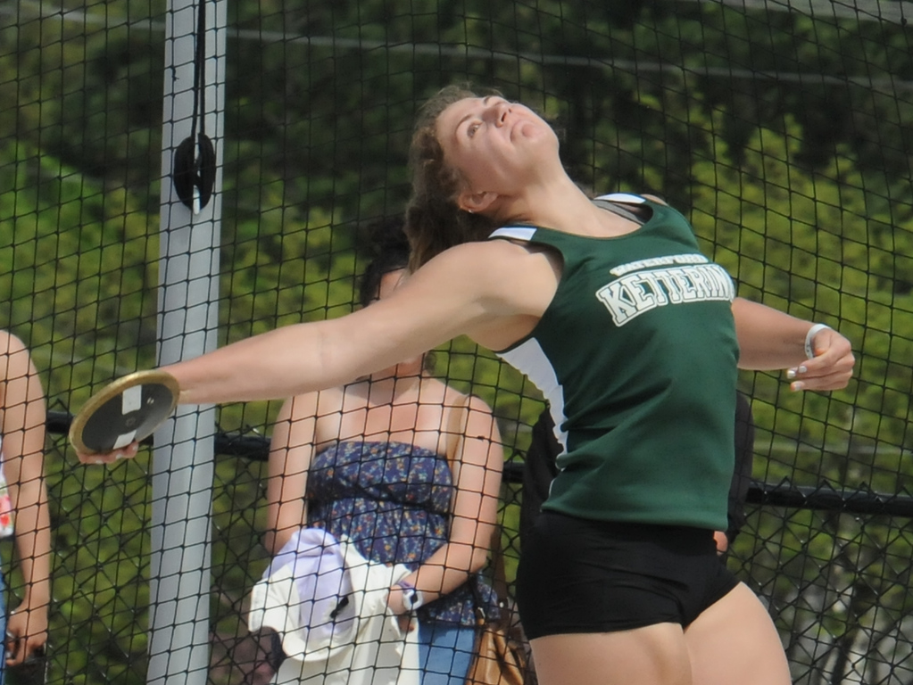 """. Waterford Kettering\'s Olivia O\'Brien won the discus event with a throw of 130\'1\"""" during the  MHSAA D1 Regional meet held on Friday May 18, 2018 at Rochester High School.  (Oakland Press photo by Ken Swart)"""