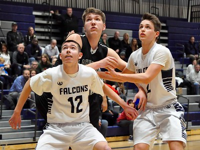Farminton hosted Lake Orion for an Oakland Activities Association Blue Division basketball game on Friday, Feb. 2, 2018. (Photo gallery by Dan Fenner/The Oakland Press)