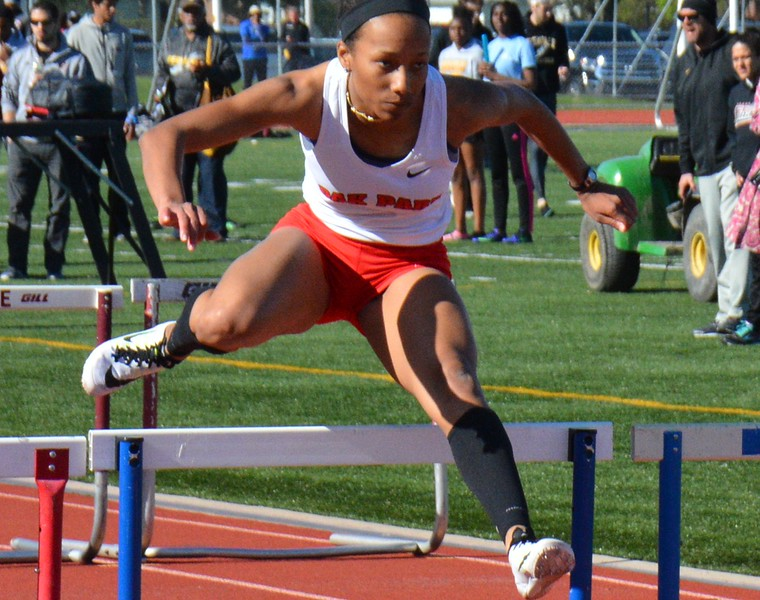 Oak Park's girls and boys won the OAA Gold track and field meet Thursday at Oak Park High School with a performance natural for the defending Division 1 state championship squads. (MIPrepZone photo gallery by MARVIN GOODWIN).