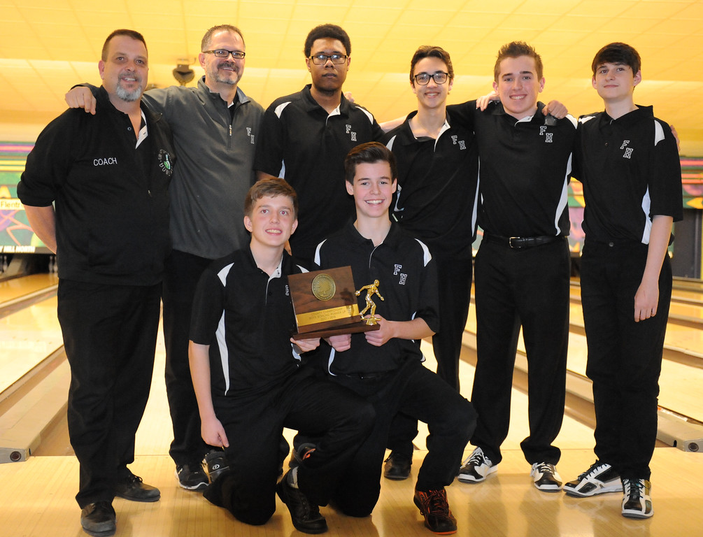 . Farmington Harrison finished in second place at the Oakland County Bowling Tournament held on Sunday January 14, 2018 at Cherry Hill Lanes in Clarkston.  Oxford defeated the Hawks in the finals.  (Oakland Press photo by Ken Swart)