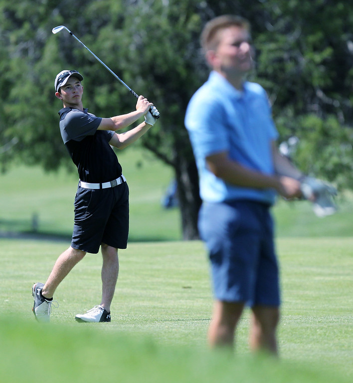 . Region 3 championship golf action at Dunham Hills Golf Club in Hartland Thursday, May 31, 2018. (For The Oakland Press / LARRY McKEE)