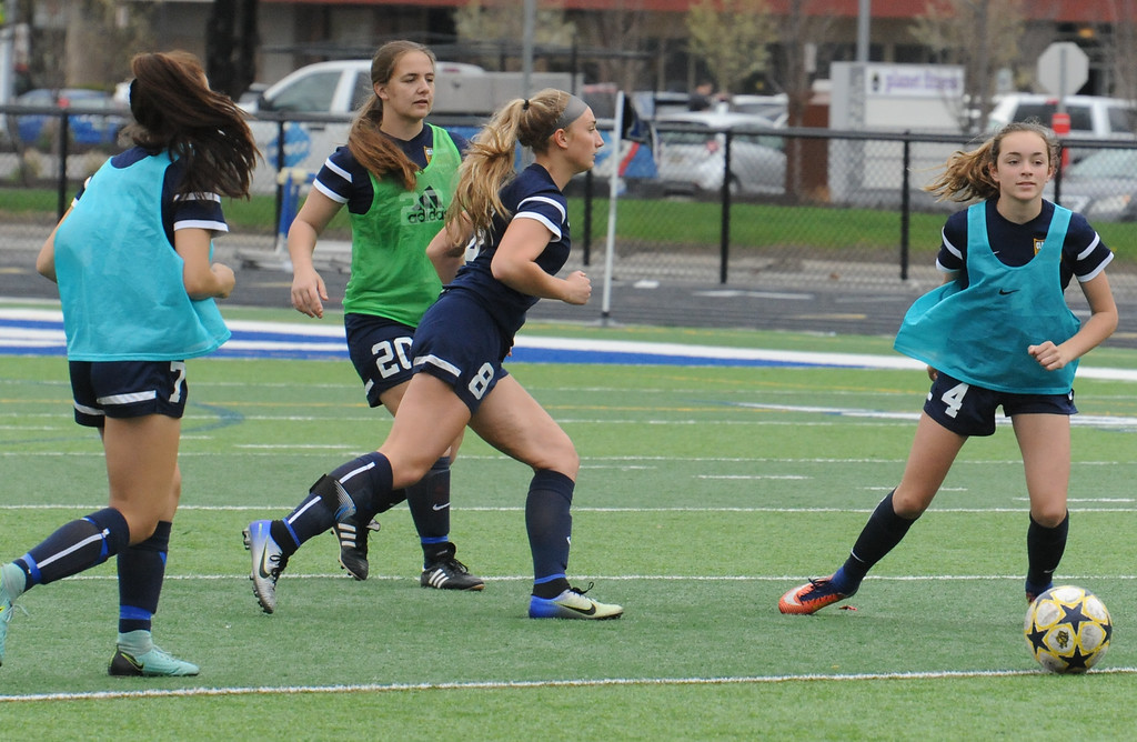 GIRLS SOCCER: Clarkston, Rochester go scoreless