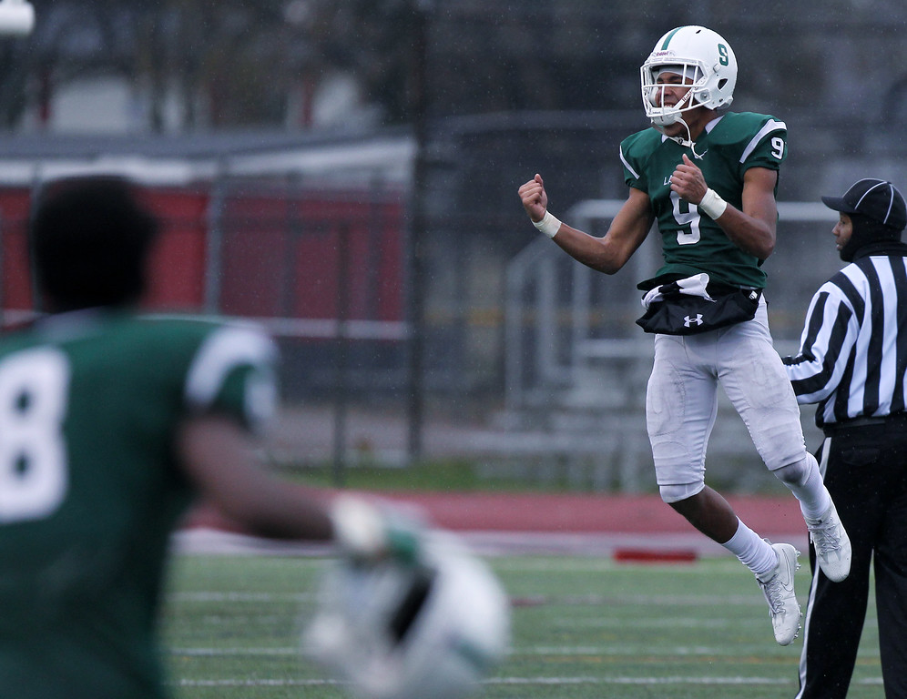 . West Bloomfield defeats Detroit Cass Tech 9-7 in Division 1 semifinal football action against Detroit Cass Tech at Troy Athens High School Saturday, Nov. 18, 2017. (For The Oakland Press / LARRY McKEE)