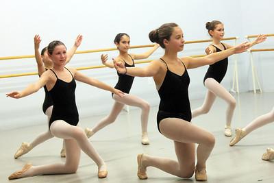ballet jul30 09 num045