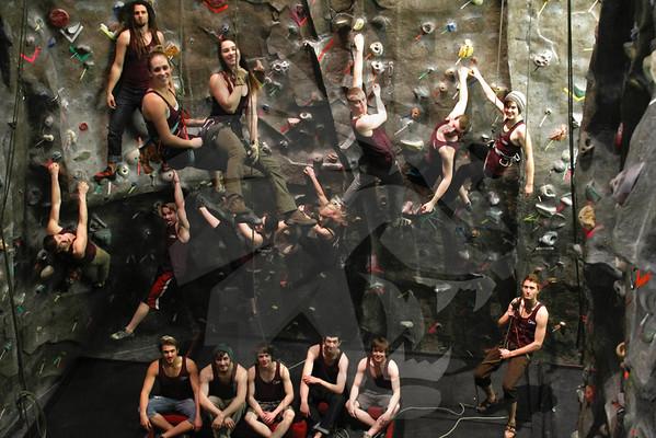 02 06 Climbing Team