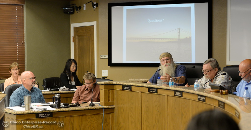 . Members of the Oroville Recreation Advisory Committee ORAC talk with DWR representatives during the 196th meeting of the group at the Oroville City Council Chambers in Oroville, Calif. Friday July 21, 2017. Following the meeting agenda schedule the group discussed tourism and recreation, lake conditions and projections, recreational projects status and voted on a request to delay the FERC license. (Bill Husa -- Enterprise-Record)