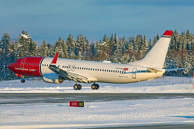 Norwegian Air Shuttle Boeing 737-8JP LN-NHD 2-3-19