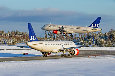SAS Scandinavian Airlines Airbus A320-232 OY-KAY 2-3-19