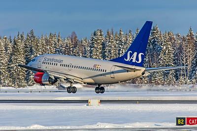 SAS Scandinavian Airlines Boeing 737-683 LN-RRO 2-3-19