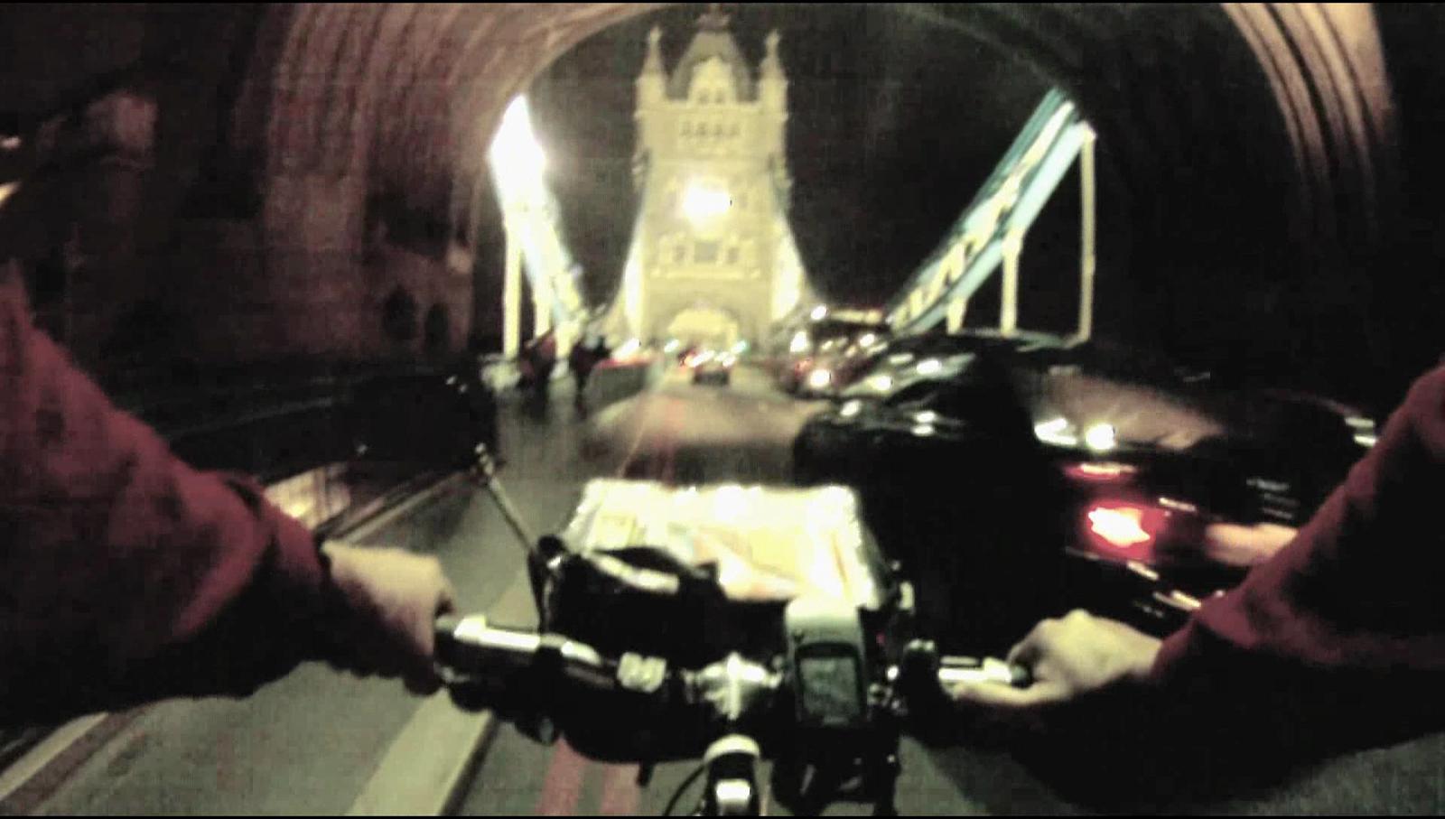 London 2010 - Tower Bridge by night