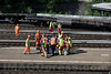Olten - 04. Juli 2017 Nach einer Entgleisung auf dem Bahnhof Hammer wird der verunfallte SBB - Arbeiter von Mitarbeitern des Notrufs unter Aufsicht der Polizei geborgen © Patrick Lüthy/IMAGOpress.com