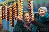 28.10.201 : Zibelimäret in Oensingen - Am Stand von Annina Tschumi gibt es die einzigen Zibeli - Zöpfe aus Oensinger Boden.