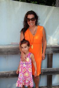 0583-Samantha and Sadie Yanks