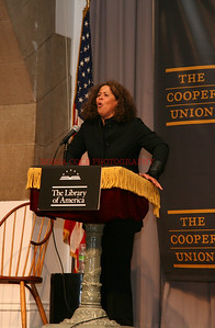 Anna Deavere Smith Speaking 1