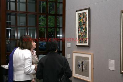 Looking at art 5