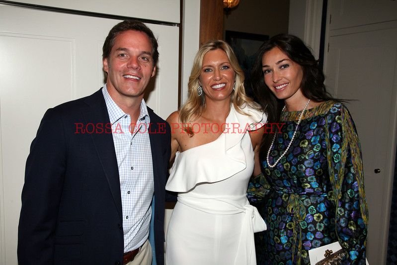 Dara Tomanovich and Bill Hemmer http://www.rossacolephotos.com/Parties/Stonybrook-Childrens-Hospital/13371736_4vxmSk/972389744_3Lw8z9m