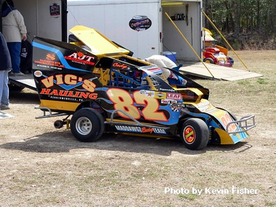 Slingshots in the pits   026