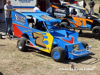 Slingshots in the pits   016