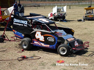 Slingshots in the pits   017