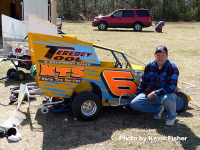 Slingshots in the pits   023