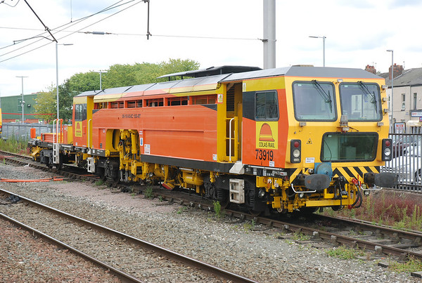 Plasser & Theurer 08-16/4x4C100-RT Tamper # 73919  Location Warrington Bank Quay   Date 12 July 011