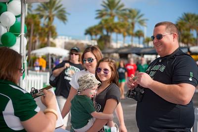 Graycen & SideneyStevens with parents Ashley & Greg(black)