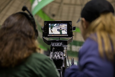 Photo by Max Catalano, BSVC 20'   (Left to right) Raegan Williams from Ohio University's Southern campus and Claire Geary from Ohio University operate ESPN's broadcasting cameras for the February 12, 2019 basketball game versus Eastern Michigan.