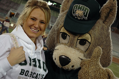 17186- Peden Stadium Pep Rally: Photos by Mykal McEldowney..Brittney Flora poses with Bobcat during the Homecoming Pep Rally