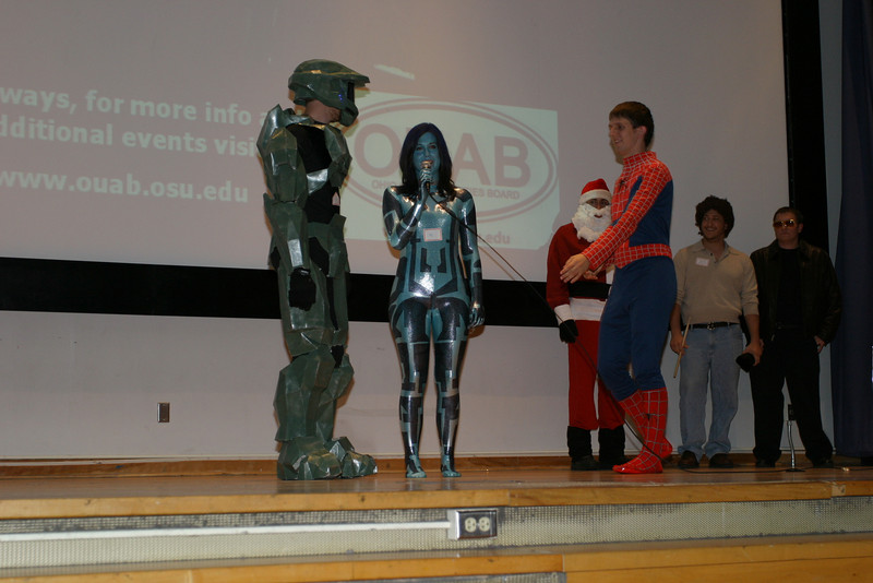 2007 Costume Contest with President Gee