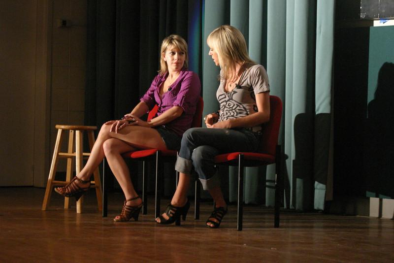 2009 OUAB presents Mary Elizabeth Ellis & Kaitlin Olsen