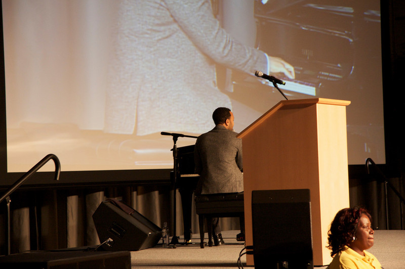 2010 OUAB Presents John Legend