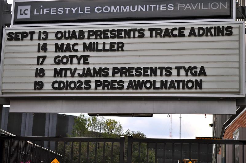 2012 OUAB Presents Trace Adkins