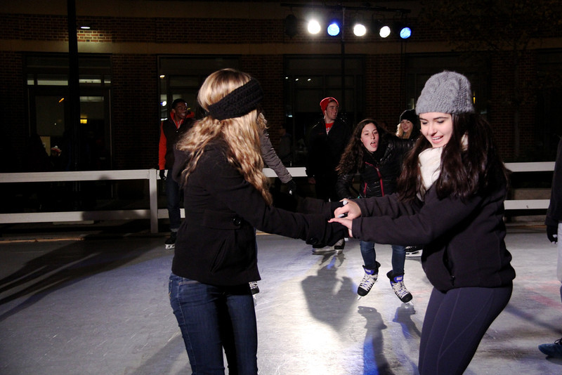 2013 OUAB Skating on the Plaza
