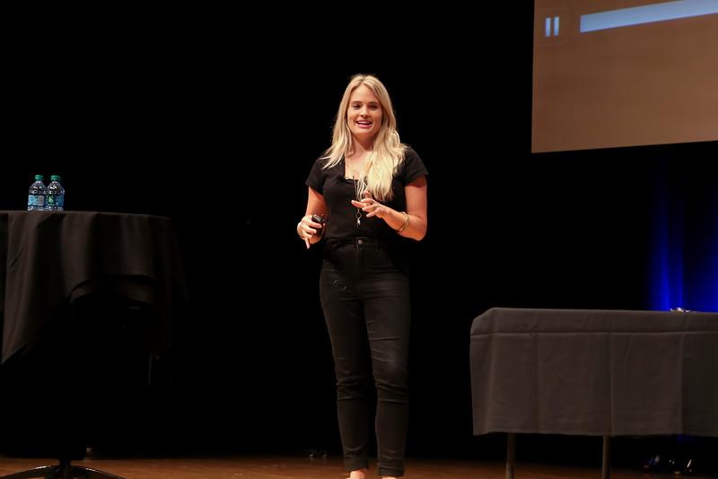 2016 OUAB presents Liz Bohannon