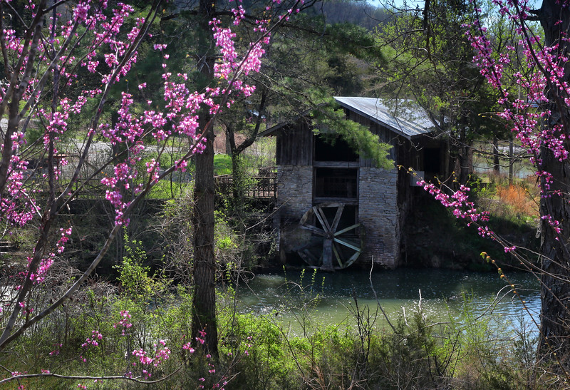 1840's Grist Mill - Dogpatch U.S.A