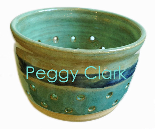 """BERRY BOWL"" Ocean Heirloom Lace Pottery by Peggy Clark"