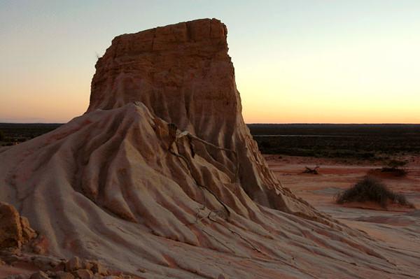 Sandstone Formation<br /> Mungo Park, NSW